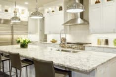 Top 6 reasons to install kitchen pendant lighting