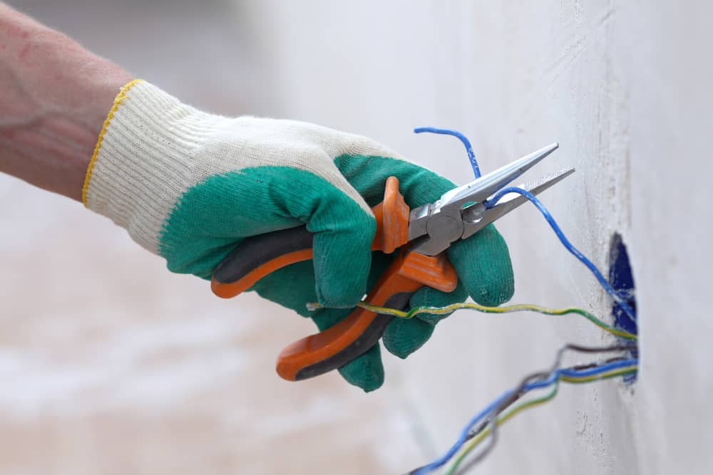 Leave electrical wiring to the pros
