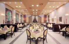 Commercial LED lighting solutions for restaurants