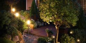 Install outdoor lighting in your Phoenix home